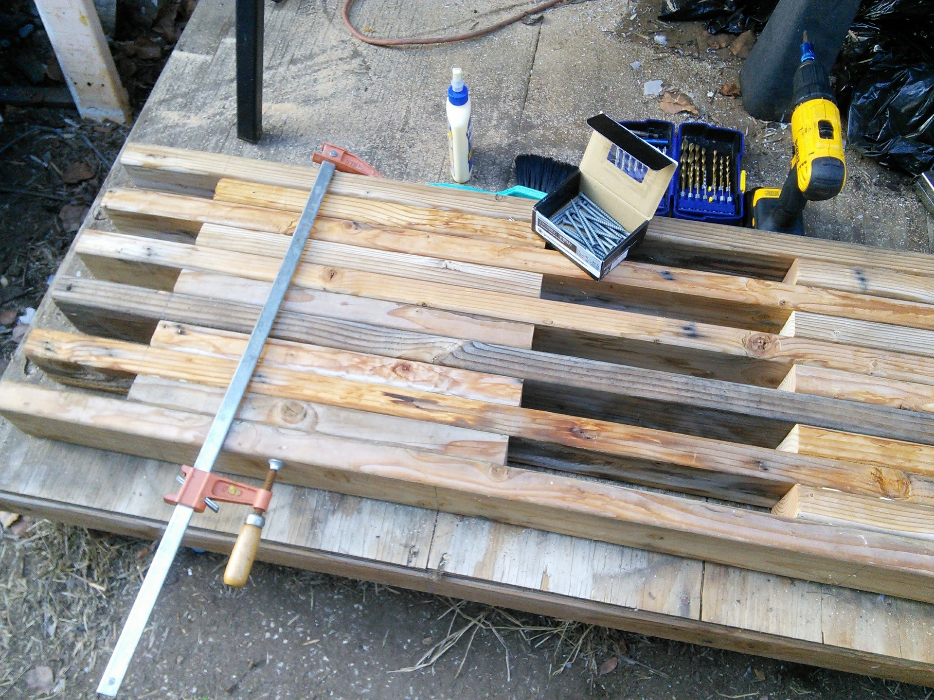 """The bench fully assembled (24"""" clamp helped keep thei pieces from separating while screwing)"""