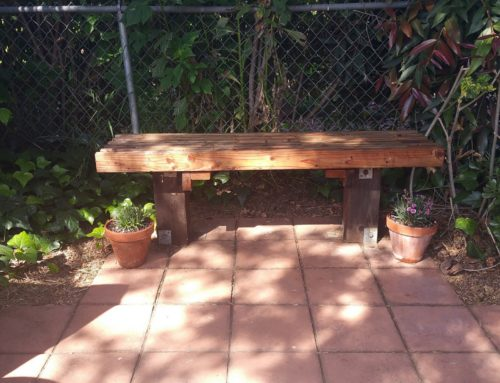 Build a Simple Garden Bench With 2×4 Lumber
